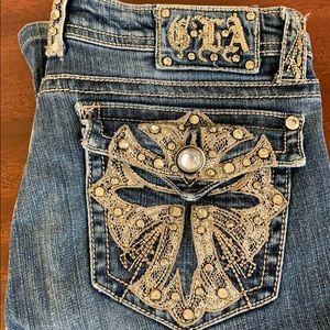 Grace in LA low rise jeans boot cut.